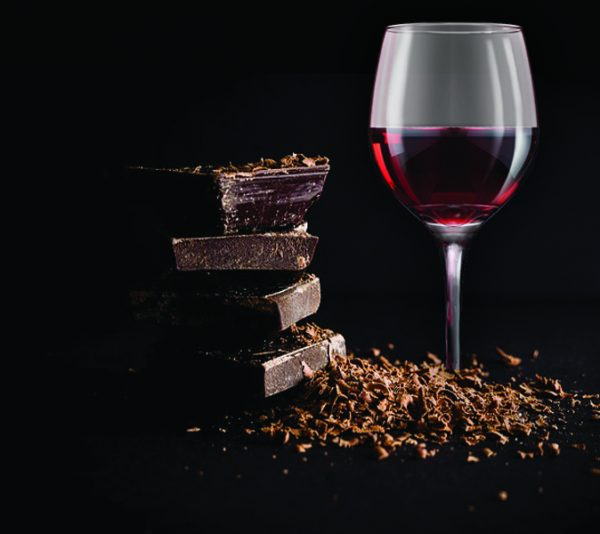 Chocolate & Wine Gift: Red Wine (shiraz) and Dark Chocolate